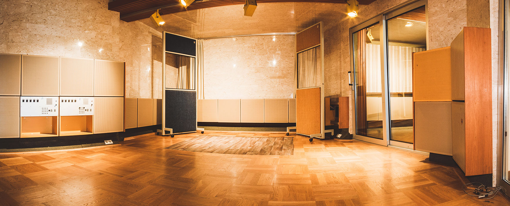 marble-room